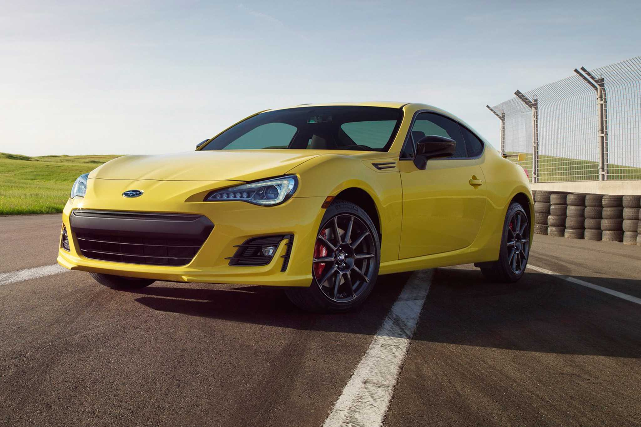 2017 Subaru BRZ Hyper Yellow Limited Edition Launched
