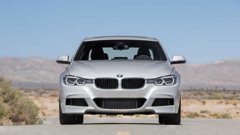 2016 BMW 340i front