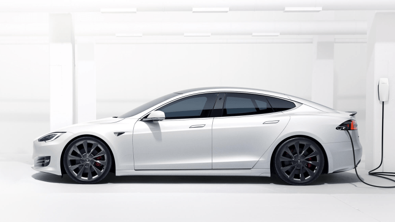 Tesla Reveals Model S Long Range Plus, An Updated EV with 400-Mile Range