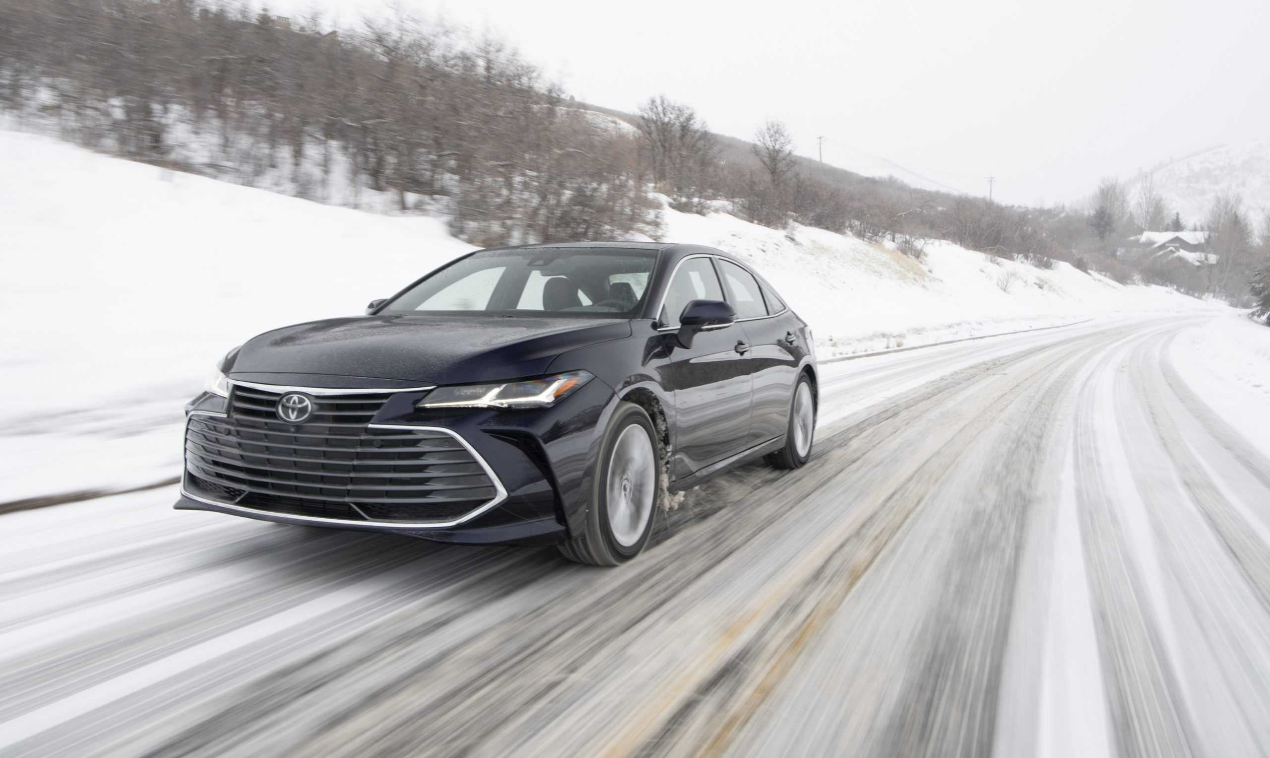 2021 Toyota Avalon Gets 2.5L Dynamic Force Drivetrain and AWD