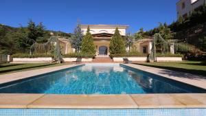 buy a property in Spain renting