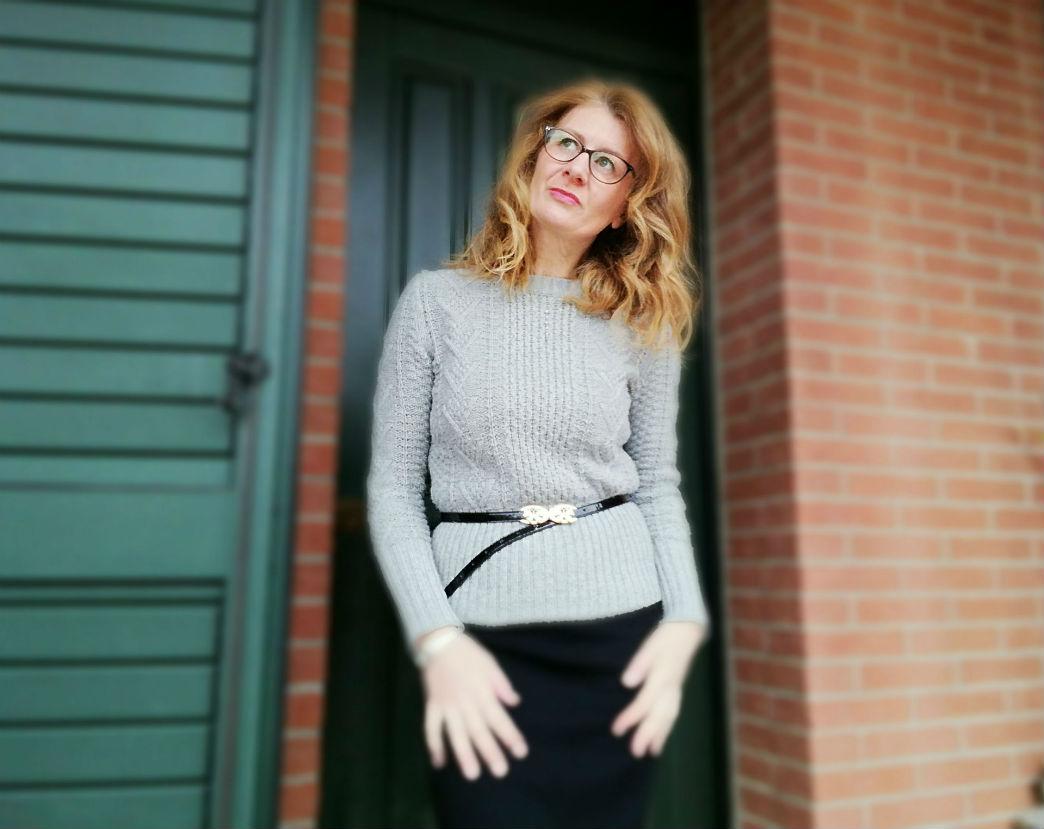 Come indossare un maglione con eleganza e stile