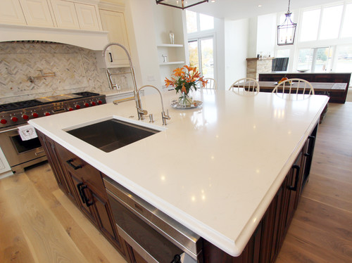 New Construction White Kitchen Quartz Countertop ~ Medina, OH