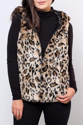 only-hooded-fur-vest