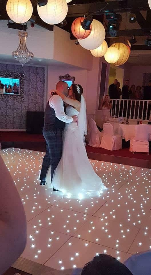 samantha and stephen first dance