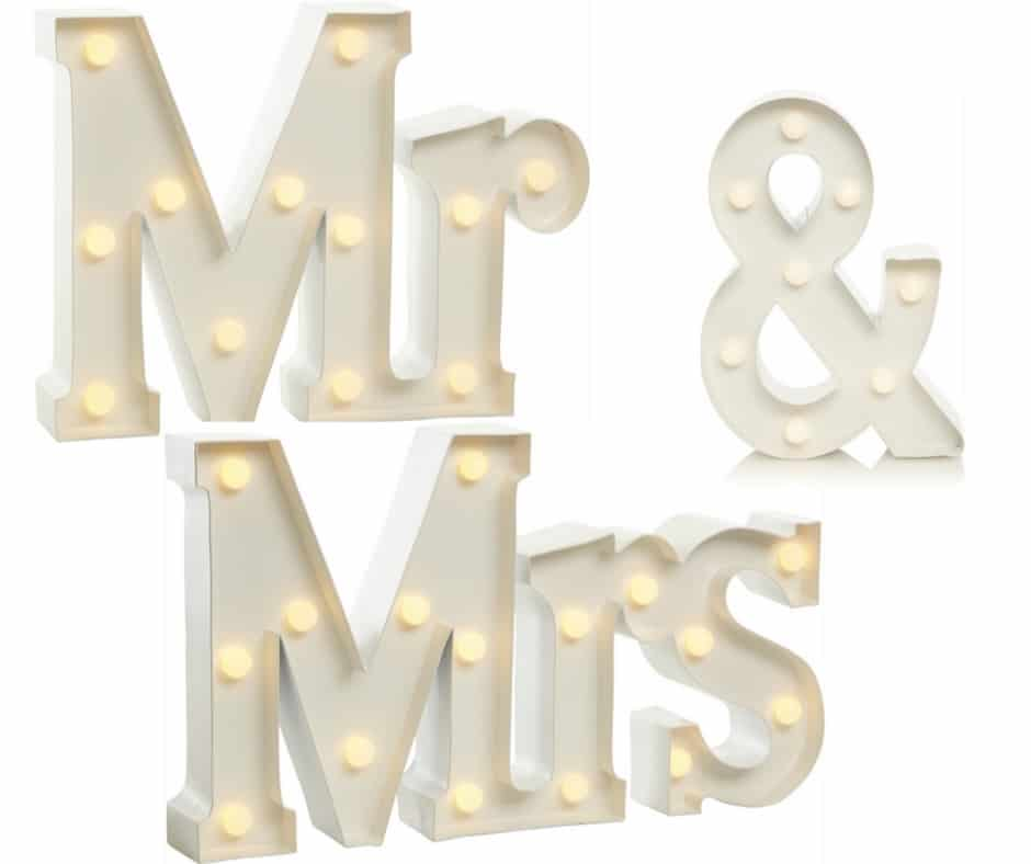 MR ND MRS LIGhtS