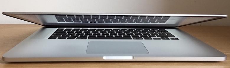MacBook Pro YouTips Macok