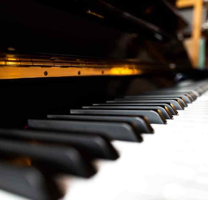 Apprendre le Piano la gamme de Fa mineur Blues ouverture à l'improvisation