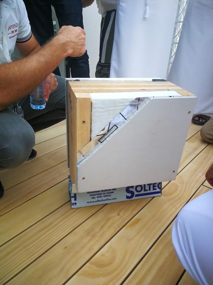 Il mock-up della stratigrafia della parete perimetrale del prototipo ReStart4Smart presentanto da Marco Casini