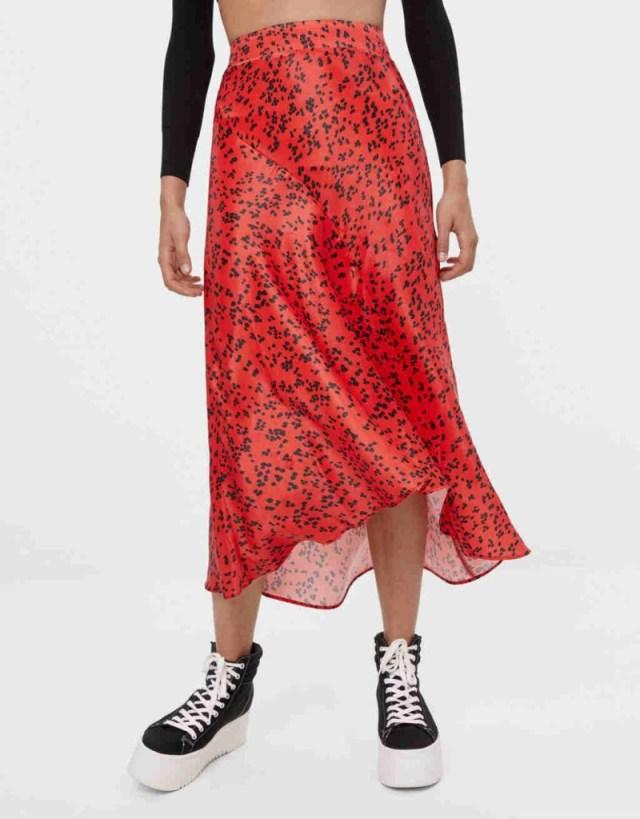 Κόκκινη εμπριμέ φούστα