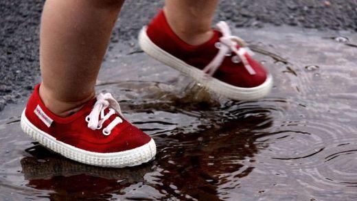 Ses çıkaran ayakkabı