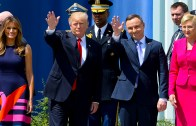 Trump ile Tokalaşmayan Polonya First Lady'si
