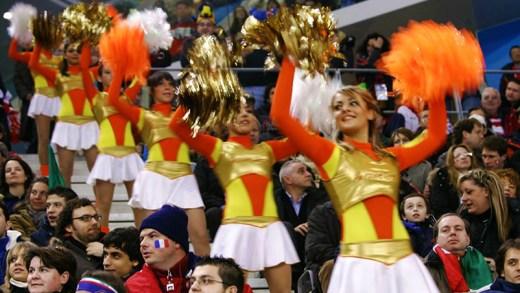 Rus ponpon kızlar dans