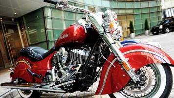 AVM'de Motosiklet Şov!