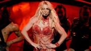 Britney Spears'tan Dikkat Çekici Yeni Yıl Performansı