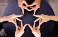 İzlemesi Aşırı Keyif Veren Şeylerde Bugün: Parmak Dansı