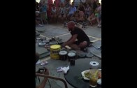 Baterisiz Bateri Gösterisi Yapan Muhteşem Sokak Sanatçısı