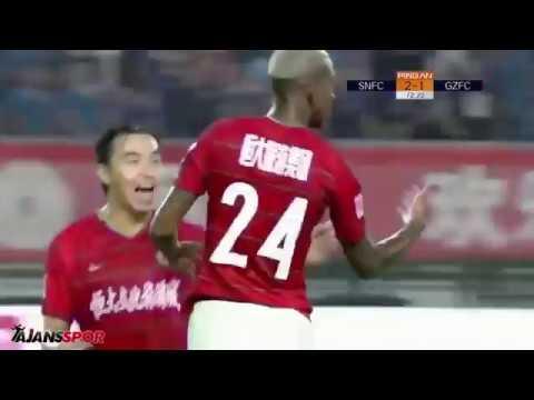 Eski Beşiktaşlı Talisca Çin Ligi'nde Fırtınalar Estirmeye Devam Ediyor