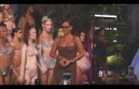 Rihanna'dan Kuralları Alt Üst Eden Cesur İç Çamaşırı Defilesi