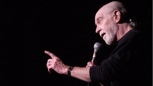 Büyük usta George Carlin'in stand-up gösterilerinden yine cesur sözler içeren bir bölüm. George Carlin izle, George Carlin stand-up