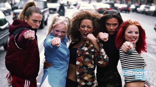 90'lı yılların unutulmaz hit şarkılarından derlenen video