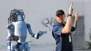 İşkence Yapıldıktan Sonra İnsanlığa Savaş Açan Robot