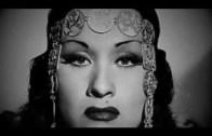 Sesiyle Otoritelere Küçük Çaplı Şok Geçirten Exotica Kraliçesi Yma Sumac