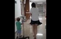 Kanser Tedavisi Gören Çocuğa Hastanede Batman Sürprizi