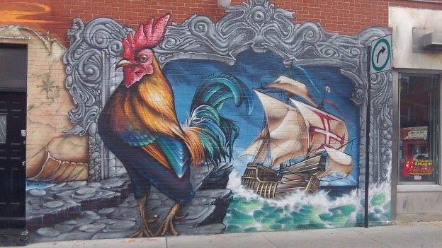 La ville de Montréal se demarque de nombreuses metropoles dans le monde avec une culture omnipresente comme les peintures murales sur les maisons photo blog voyage tour du monde http://yoytourdumonde.fr