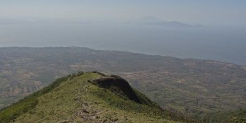 nicaragua-ascension-volcan-concepcion