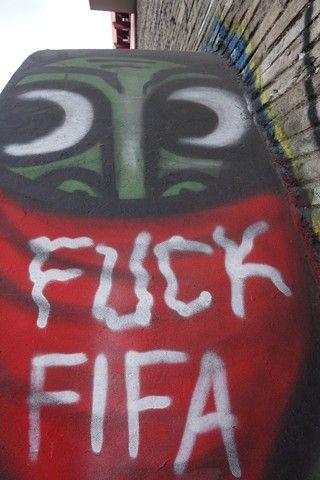 Bresil- Sao Paulo: Message contre la Fifa.