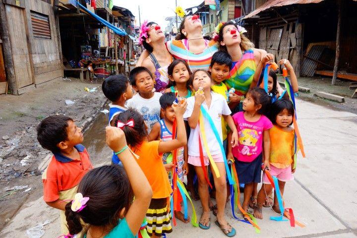 Perou-Amazonie: Les associations humanitaires sont tres presentes du coté d'Iquitos.
