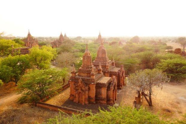 temple bagan cite archeologique voyage tour du monde http://yoytourdumonde.fr