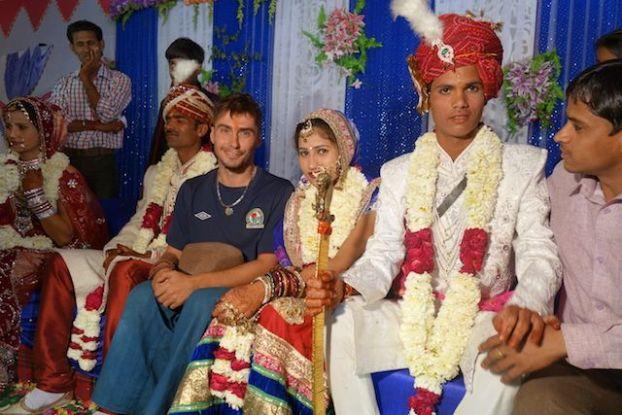 Yohann tour du monde en compagnie de mariés en inde photo voyage http://yoytourdumonde.fr
