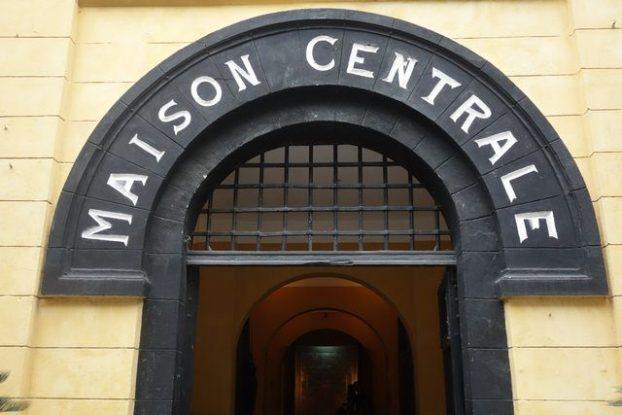 Hanoi- Vietnam: La maison centrale ou prison-musee d'Hanoi vous plonge dans l'histoire de la ville du 20eme siecles.