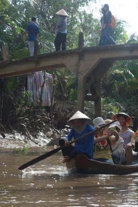 Canaux transversaux sur le Delta du Mekong blog http://yoytoudumonde.fr