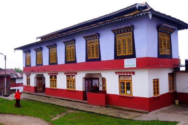 Monastere tibétain du coté de Rabdentse au Sikkim. Photo voyage tour du monde http://yoytourdumonde.fr