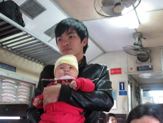 hanoi-vulinh-voyage-travel-train-wagon-famille