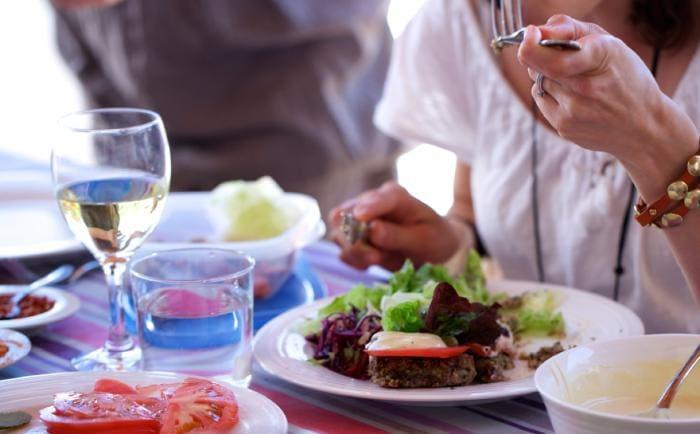 Η μεσογειακή διατροφή πιθανόν να μειώνει  τον κίνδυνο ανάπτυξης  καρκίνου του ενδομητρίου