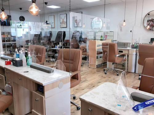 New York Chinese manicure shop resumes work:installing isolation board, comprehensive protection of control flow