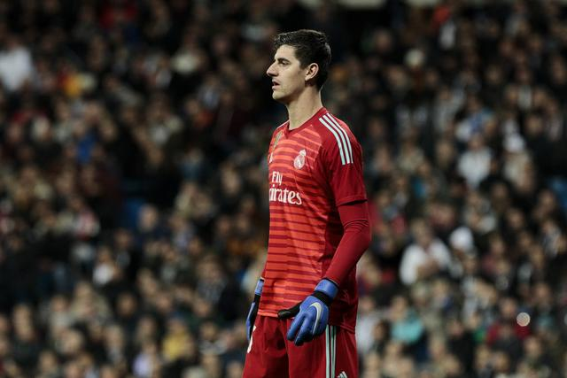 Courtois:Although I am two meters tall, I am very flexible.