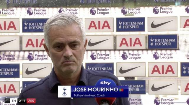 Mourinho:This game is a tactical competition, everything is under control