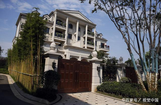 After Zhu Ting won the championship, he was given a gift of 350 Marriott Mansion Villas. Now it has skyrocketed by nearly 10 million. Being a neighbor with Zhu Ting has become one of the reasons for the price increase.
