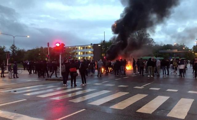 About 15 people detained in violent riots in Malmö, Sweden