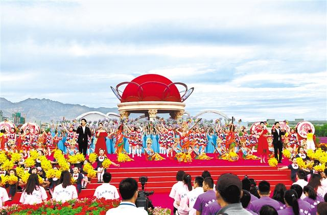 """CCTV""""Sing for a New Era"""" program was recorded in Jinchang"""