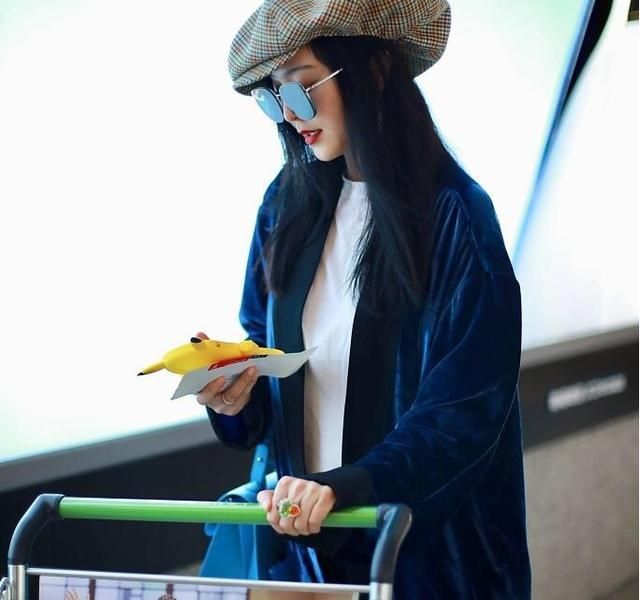 Retired due to a fine of nearly 900 million, the latest airport beret shape detonated fans, the beauty and fashion remain