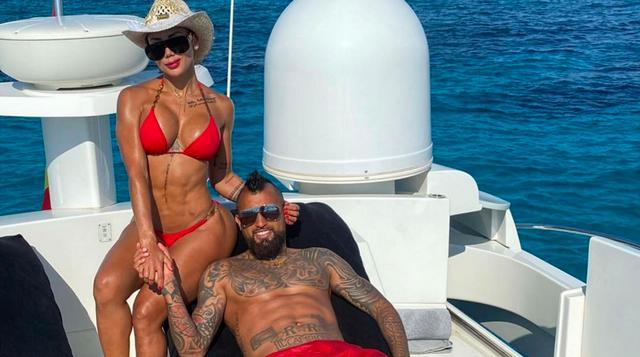 Vidal girlfriend shows off his figure, chocolate abs may make many players ashamed