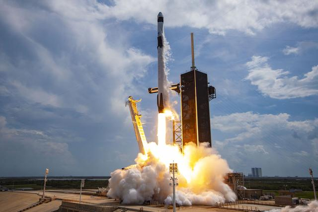 The Falcon 9 rocket fired twice a week and 120 satellites entered orbit. The United States taught the world a lesson