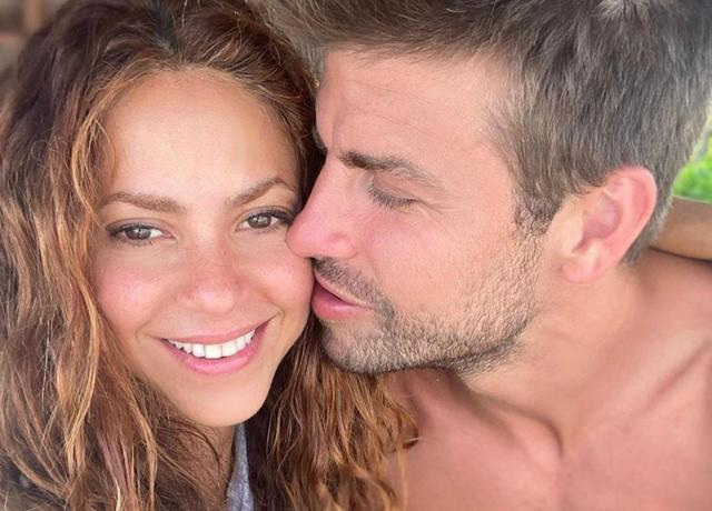 Pique, who is not bad for money, cuts his salary to renew his contract with Barcelona. The queen Shakira is working hard to give him a third child, and strives to have both children. What can be the life of such a husband?