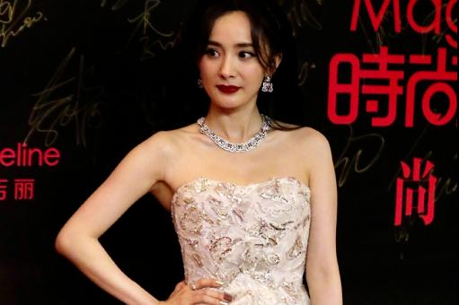 Fashion ceremony looks at status:Tang Yan and Liu Shishi are all luxury brands, but Yang Mi has not even borrowed the season high